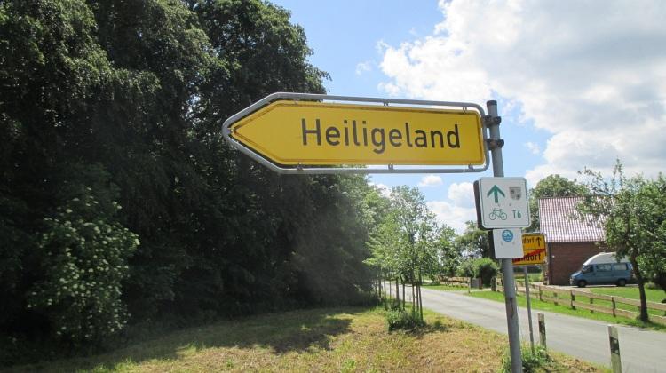 Wegweiser ins Heilige Land zwischen Thandorf und Schlagresdorf